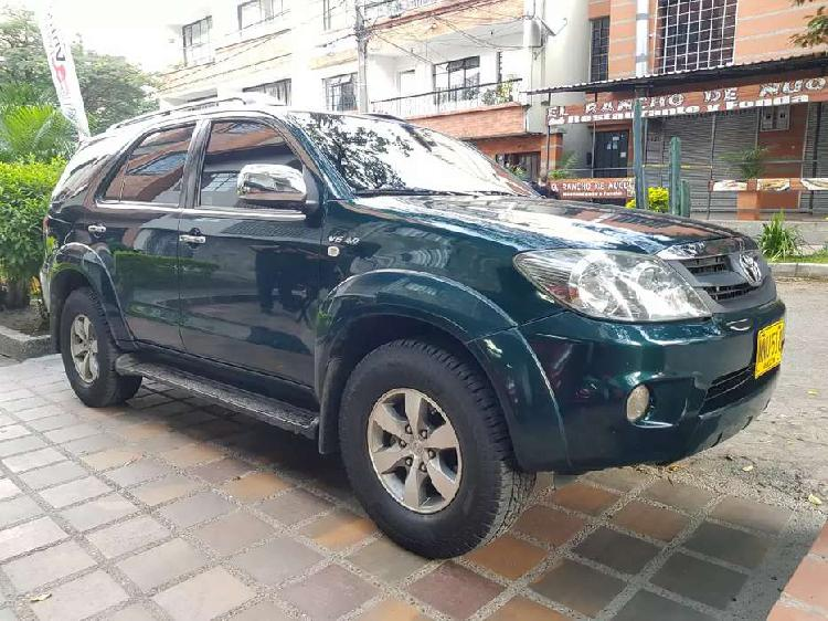 Toyota fortuner 2008 gasolina 4x4