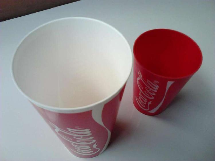 Vendo 2 vasos plásticos colección cocacola