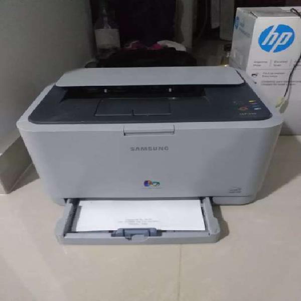 Vendo impresora clp310, para reparar o repuestos, $50.000