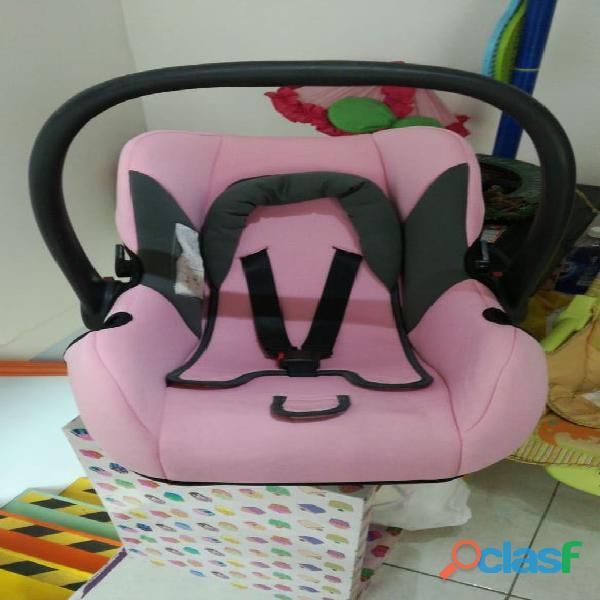 Silla de carro de seguridad para niña