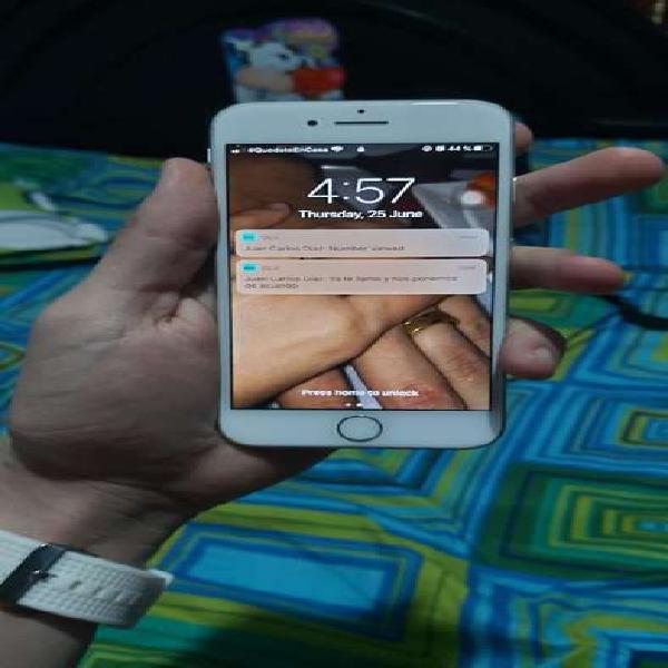 Vendo iphone 8 con turbo sim