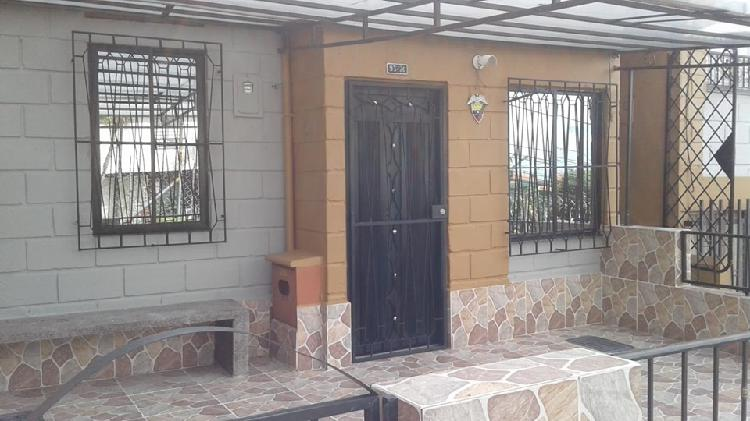 Casa en venta primer piso medellín