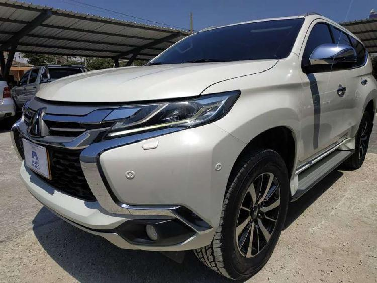Mitsubishi montero 2018 diésel full
