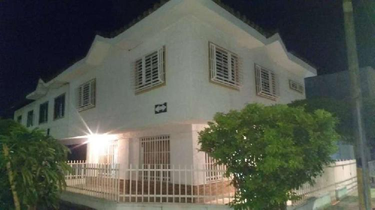 Se vende casa 2 niveles unifamiliar en palmira el recreo