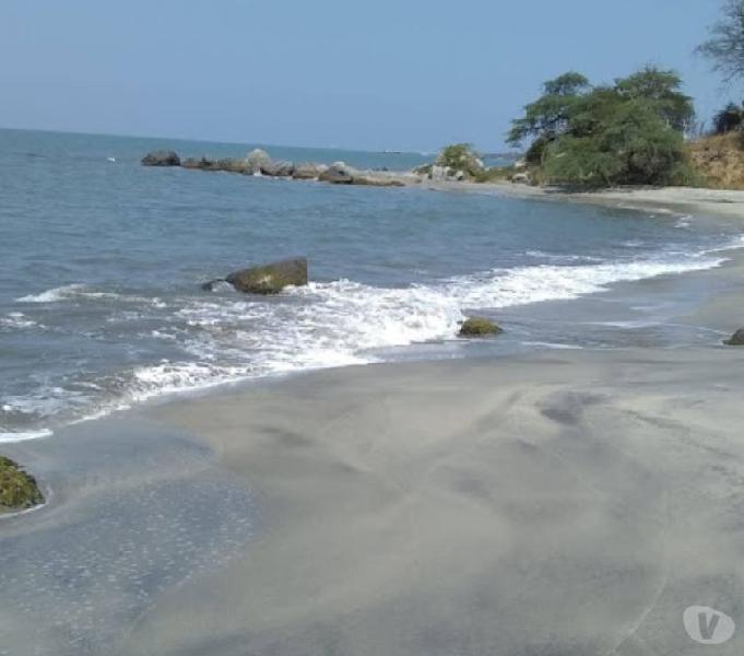 Venta lotes 300 y 500 m2 orilla mar sector hotel decameron