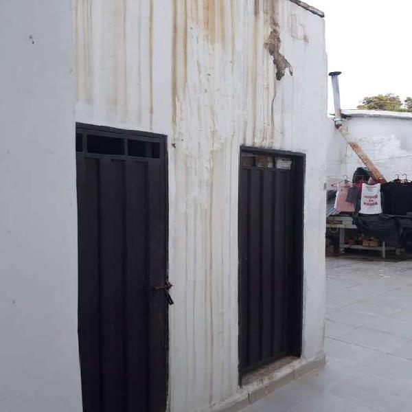 Casa con fines de proyecto comercial ubicada en centro de la