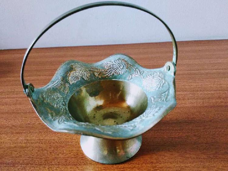 Decoración adorno en bronce - decoración - adorno -