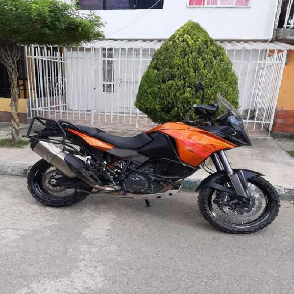 Se vende ktm 1190 adventure modelo 2013