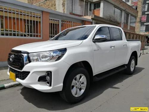 Toyota hilux rocco