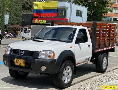 Nissan frontier estacas 4x2 diesel