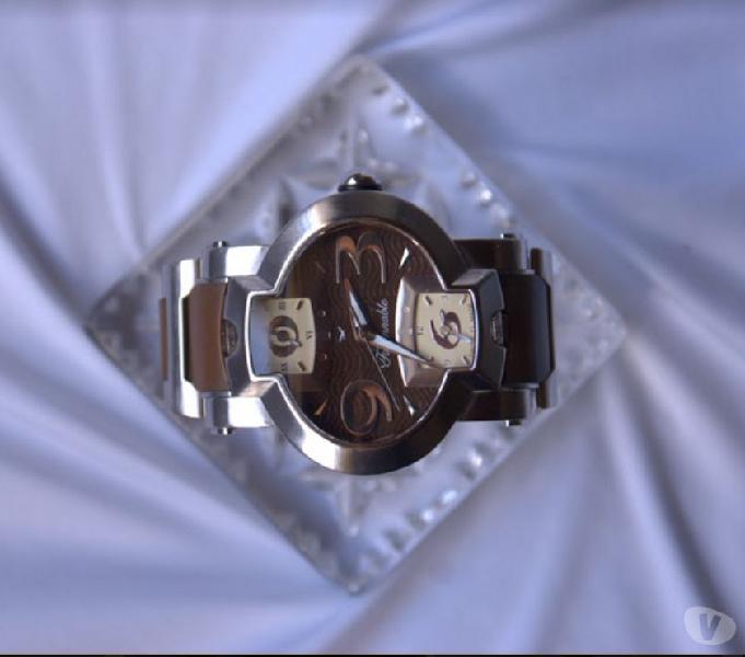 Vendo Reloj Faconnable - Faconnable Hydra 3