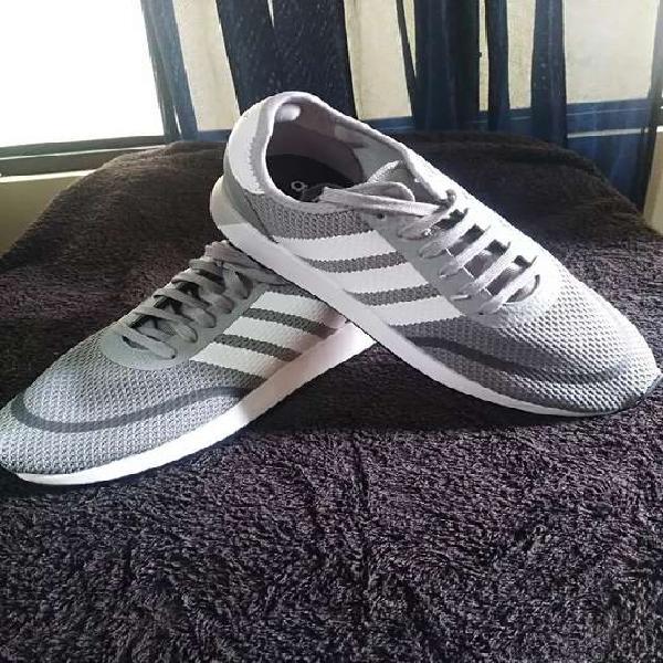 Adidas originales talla 44