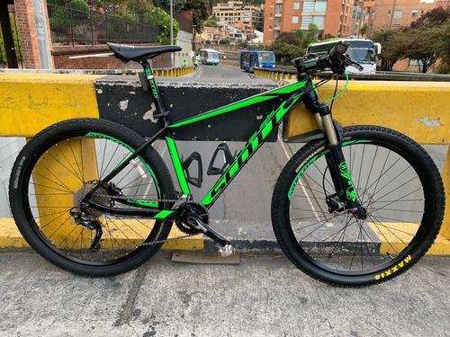 Bicicleta de montaña mtb scott