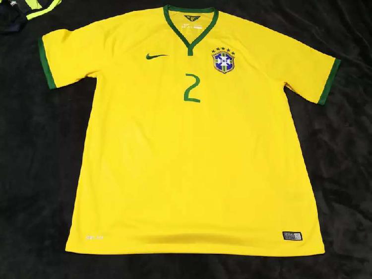 Camiseta selección brasil nike original dani alves