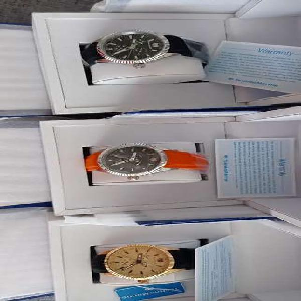 Relojes technomarine originales en su caja de lujo con 5