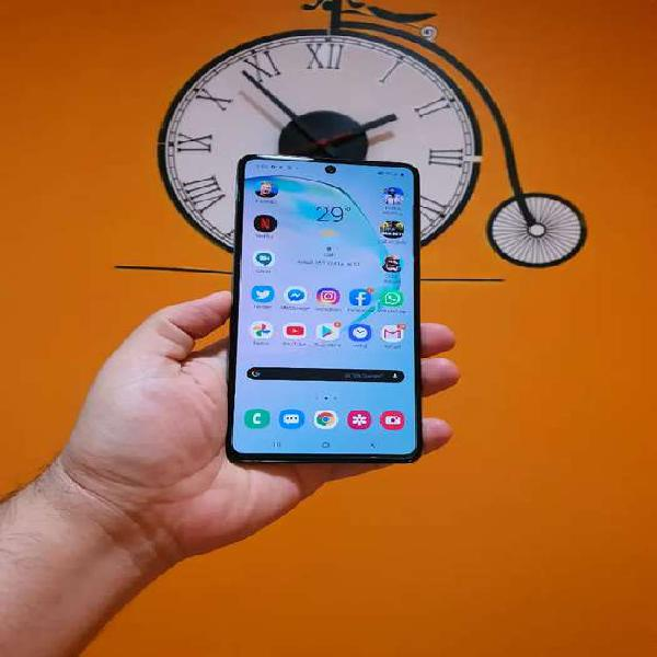 Samsung a71 practicamente nuevo 20 dias de uso, 6 gb de ram