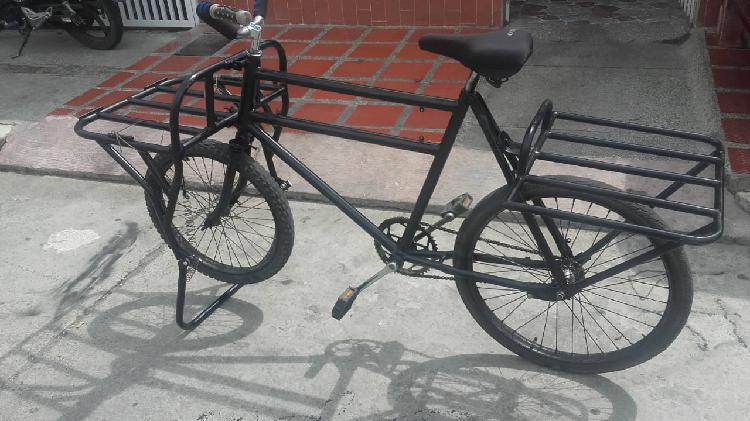 Vendo bicicleta de carga en muy buen estado