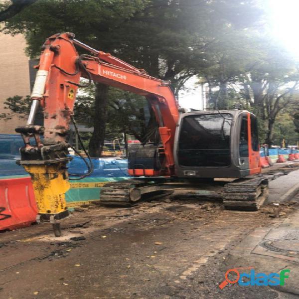 ALQUILER DE RETROEXCAVADORAS CON MARTILLO HIDRAULICO