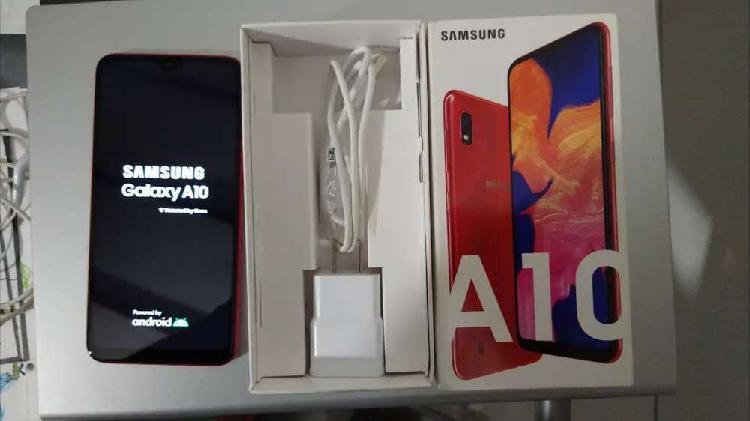 Samsung a10. 32gb. desbloqueo facial. estado 9.5/10.