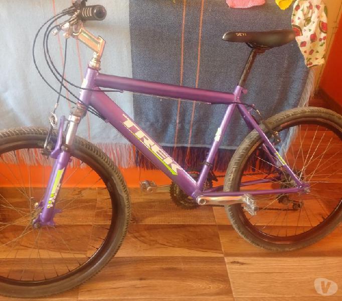 Bicicleta tipo cross para adulto