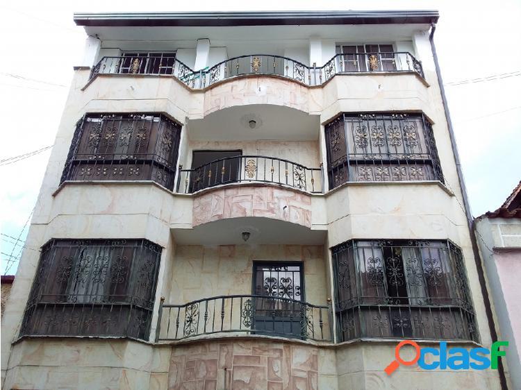 Apartamento duplex en arriendo las mercedes