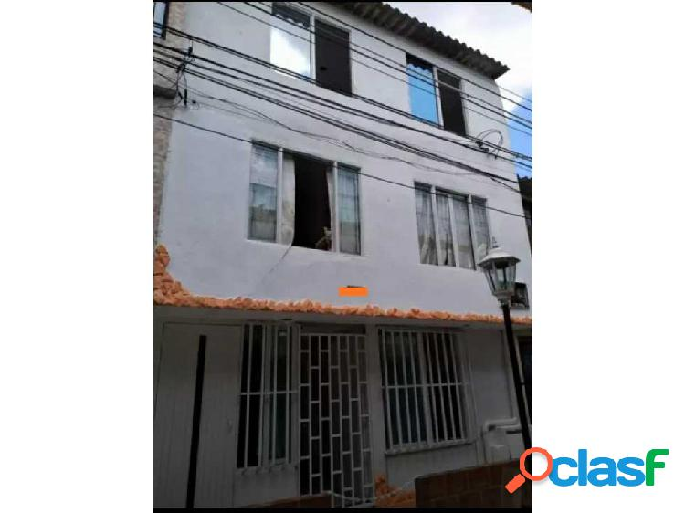 Casa bifamiliar barrio calipso p.a 2721708