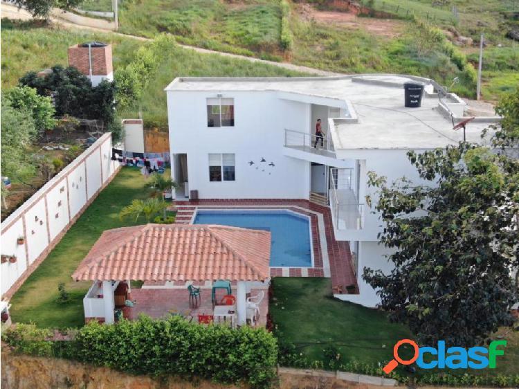 Lote o proyecto en venta acapulco -ruitoque-890m2 -código (443)