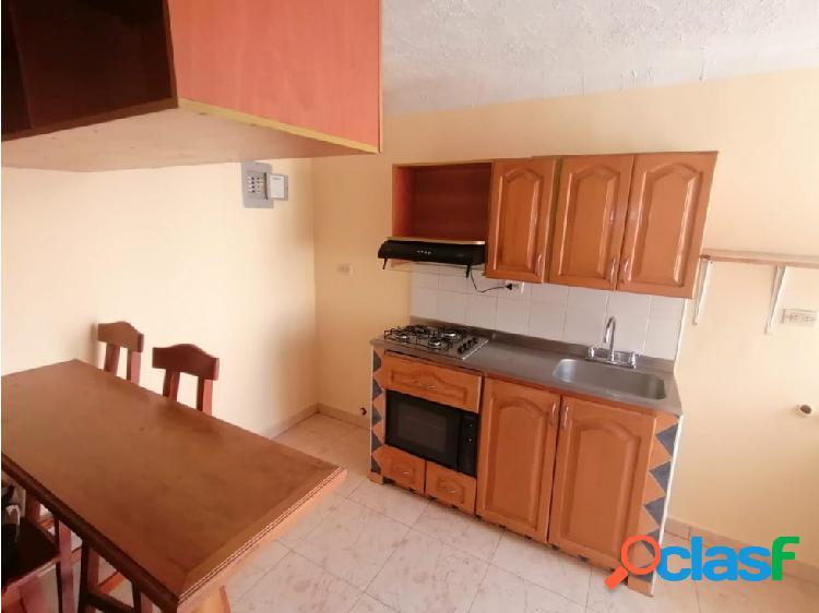 Apartamento en arriendo en el centro cod 5774