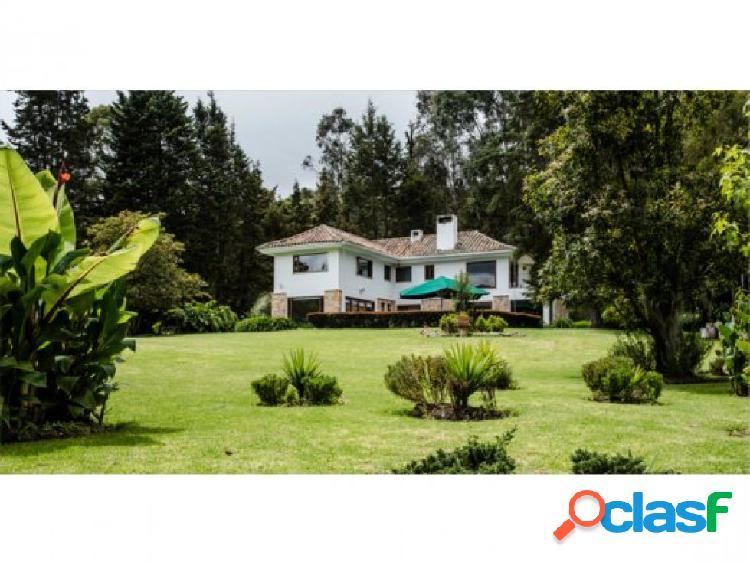 Espectacular casa campestre en sopo, cundinamarca