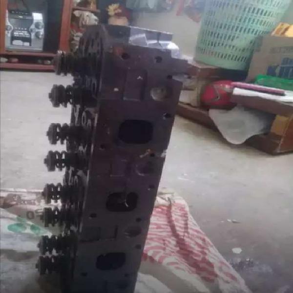 Culata de motor nissan fe 35 con turbo de inyector grueso