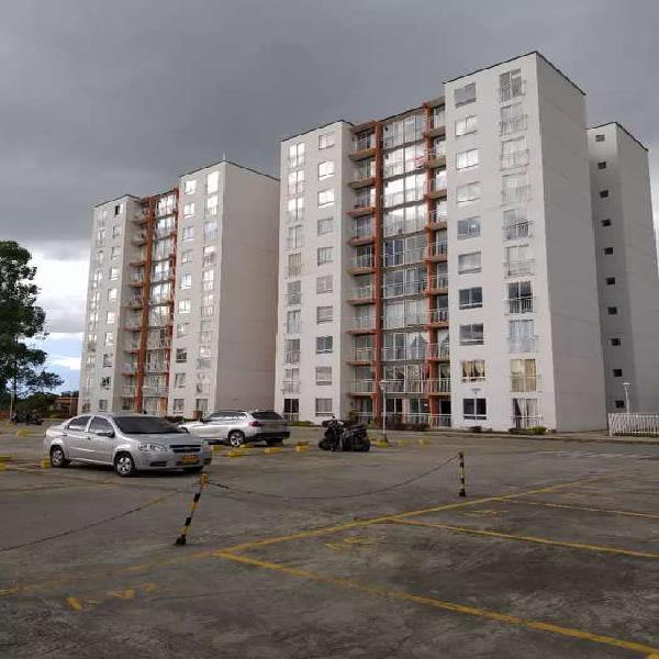 Vendo espectacular apartamento torres de milano