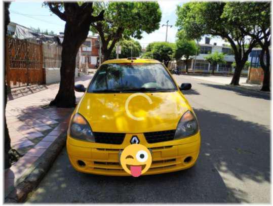 Vendo permuto taxi