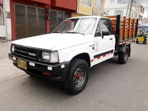 Mazda b2600i 1993 4x4 estacas full inyección tipo luv hilux