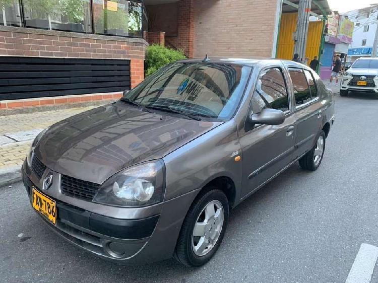 Renault symbol 1.4 modelo 2005 tecno nueva