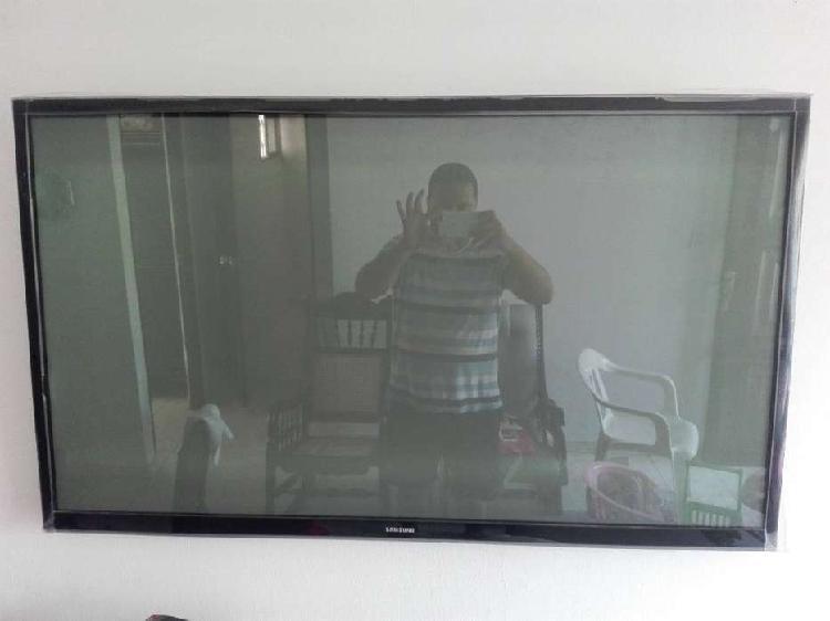 Tv plasma samsung pl51f4500 para repuesto.