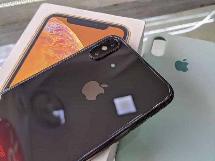 Iphone xs de 64gb negro