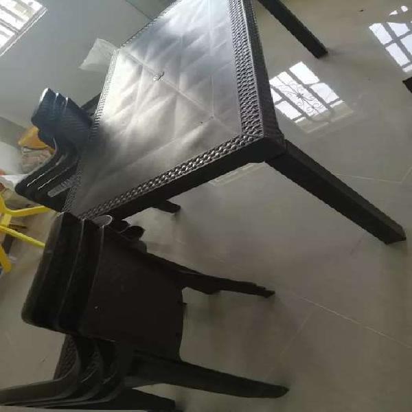 Juego de mesa y 6 sillas rimax wengue con brazos