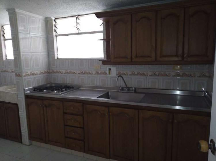 Arrienda apartamento en el poblado _ wasi2789699