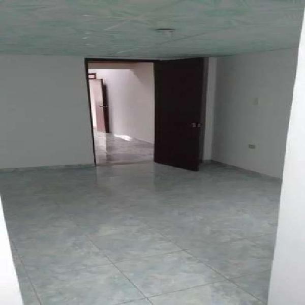 Casa con tres apartamentos