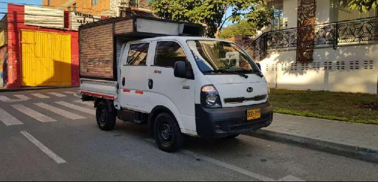 Kia k2700 perfecto estado 4x4 furgon doble cabina