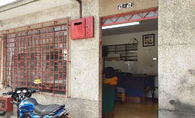 Apartamento 1er piso barrio guayaquil cali, comercial.