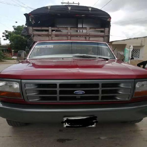 Camion estaca 350 ford modelo 97