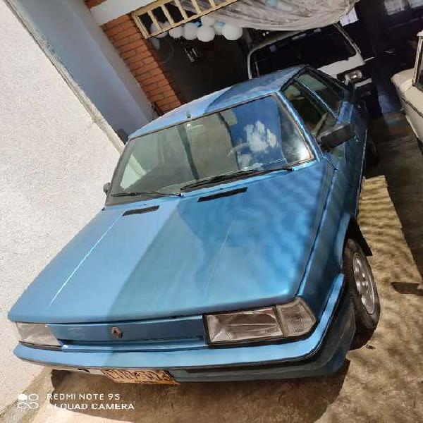 Renault modelo 90 motor 1400 recién pintado.