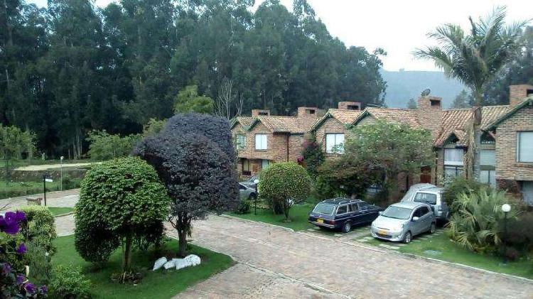 Casa en venta en chia club campestre rió frío codvbkas3329