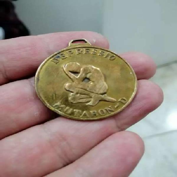 Medalla en bronce antigua espectacular única