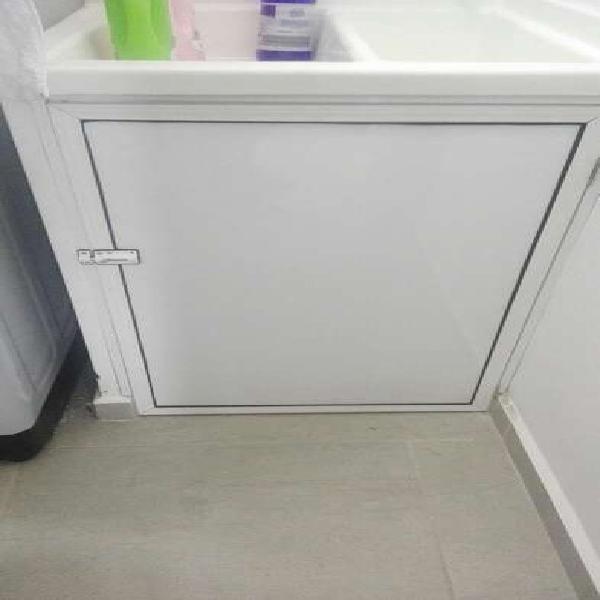 Alumina divisiones de baño puertas y mas