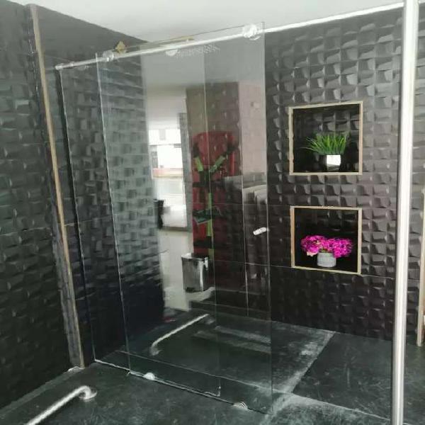 Fabricación divisiones baño vidrio templado y todo lo