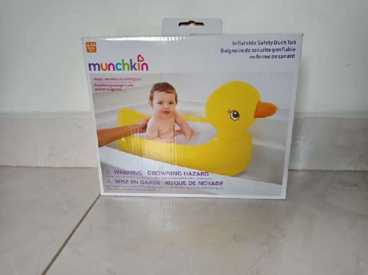 Bañera inflable con sensor térmico munchkin pato