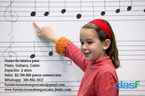 Aprenda piano guitarra canto