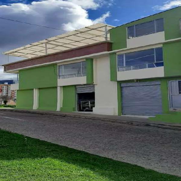 Se vende casa esquinera vehicular remodelada en tamasagra